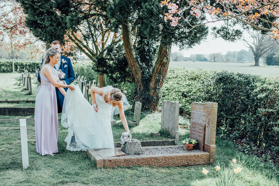Elegant English wedding in Essex, at Lambourne and The Reid Rooms, images by Rebecca Louise Photography (24)
