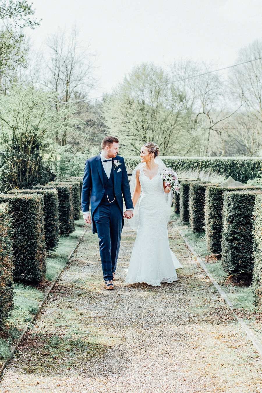 Elegant English wedding in Essex, at Lambourne and The Reid Rooms, images by Rebecca Louise Photography (18)
