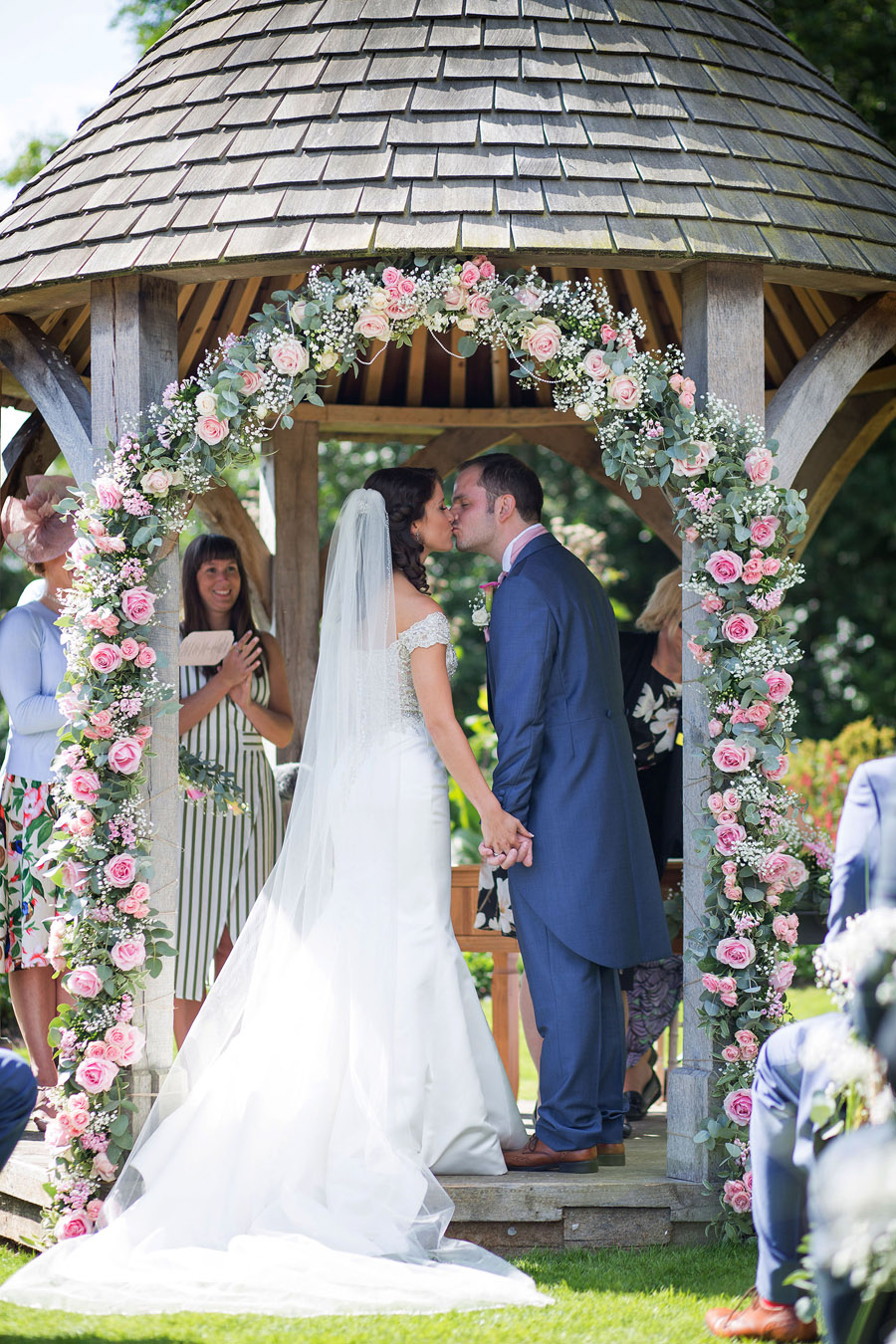 Outdoor wedding at Priston Mill watermill, with images by Martin Dabek Photography on the English Wedding blog (11)