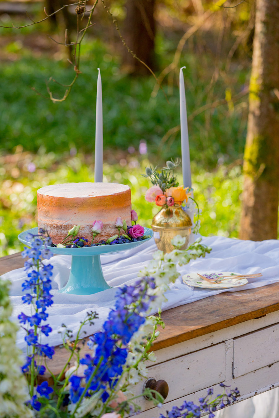 Cassandra June wedding stylist bluebell theme ideas, photography by Craig Payne (7)