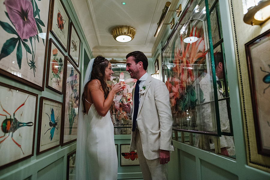 Vibrant boho chic London wedding at The Ivy Chelsea Garden, images by Jonny Barratt Photography (23)