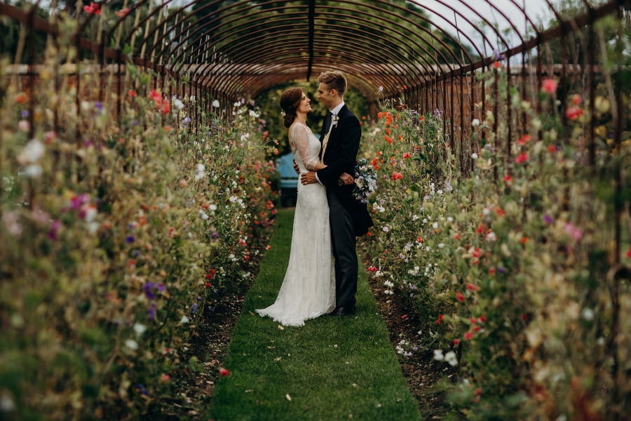 Beautiful English summer wedding with Richard Skins Photography (22)