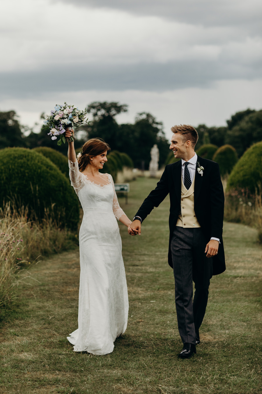 Beautiful English summer wedding with Richard Skins Photography (31)
