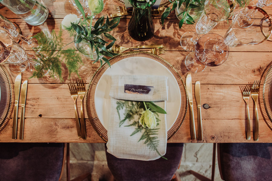 Manor Barn Stonehenge wedding inspiration with Photography by Louisa Jane (9)