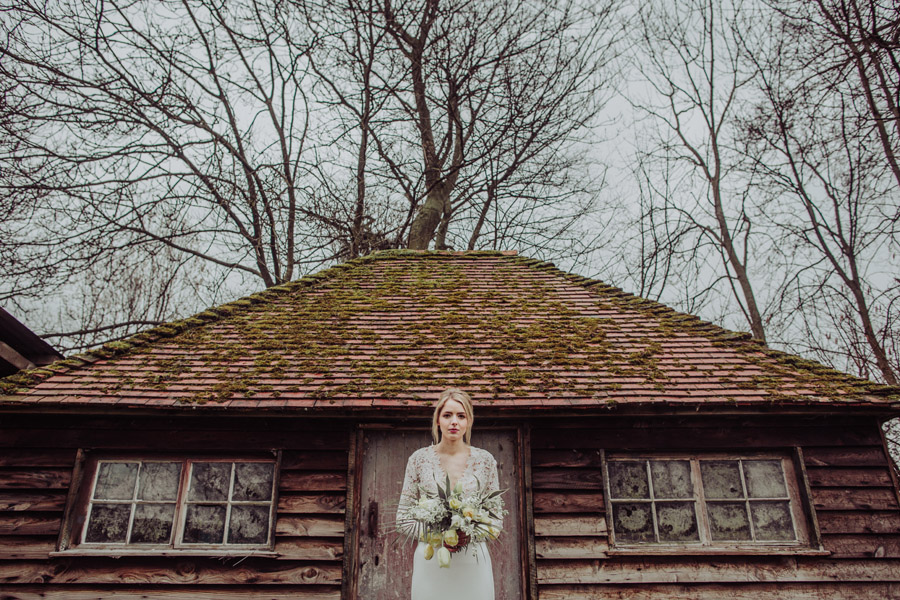 Manor Barn Stonehenge wedding inspiration with Photography by Louisa Jane (37)