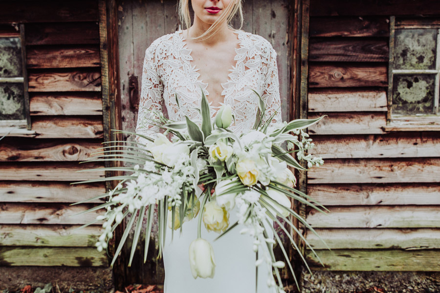 Manor Barn Stonehenge wedding inspiration with Photography by Louisa Jane (38)
