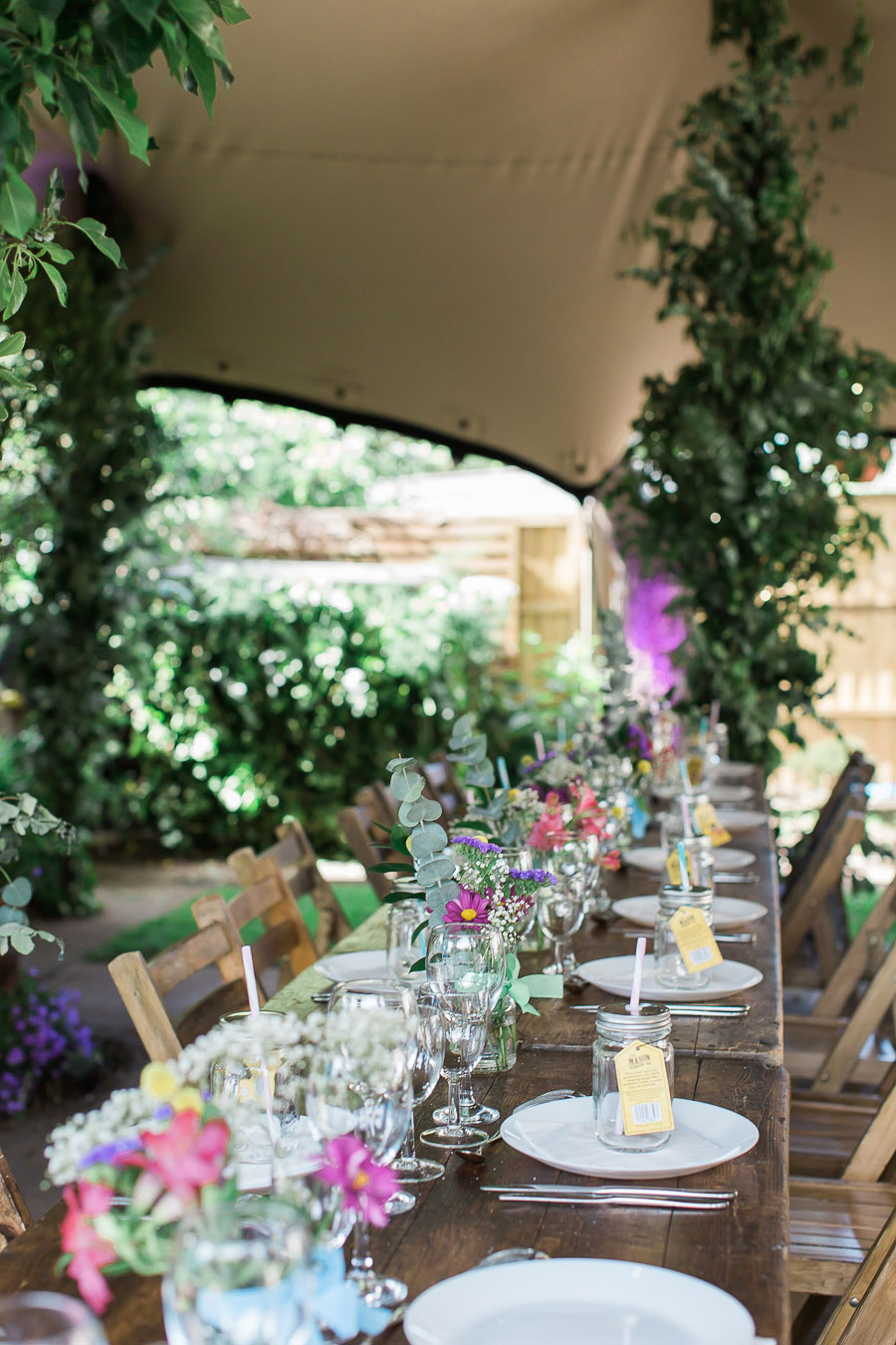 A pretty summer garden wedding in England with Siobhan H Photography Weybridge (2)