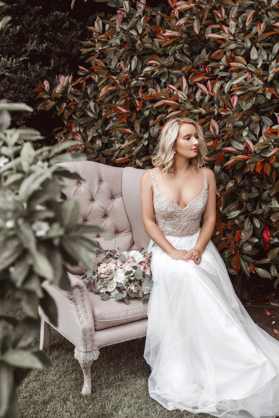 Ye Olde Bell Coaching Inn for a faded beauty wedding style edit with Masha Unwerth (13)
