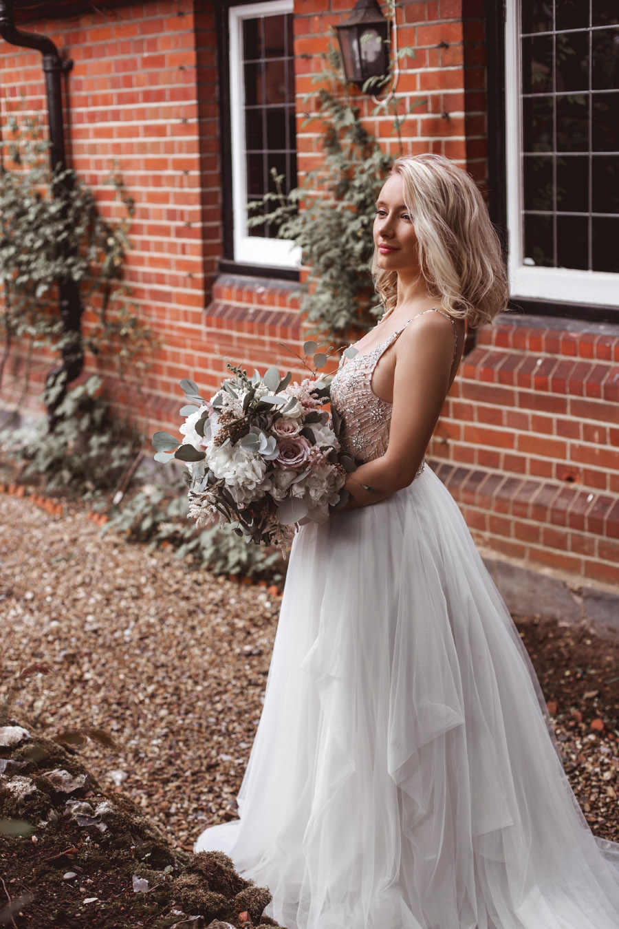 Ye Olde Bell Coaching Inn for a faded beauty wedding style edit with Masha Unwerth (17)