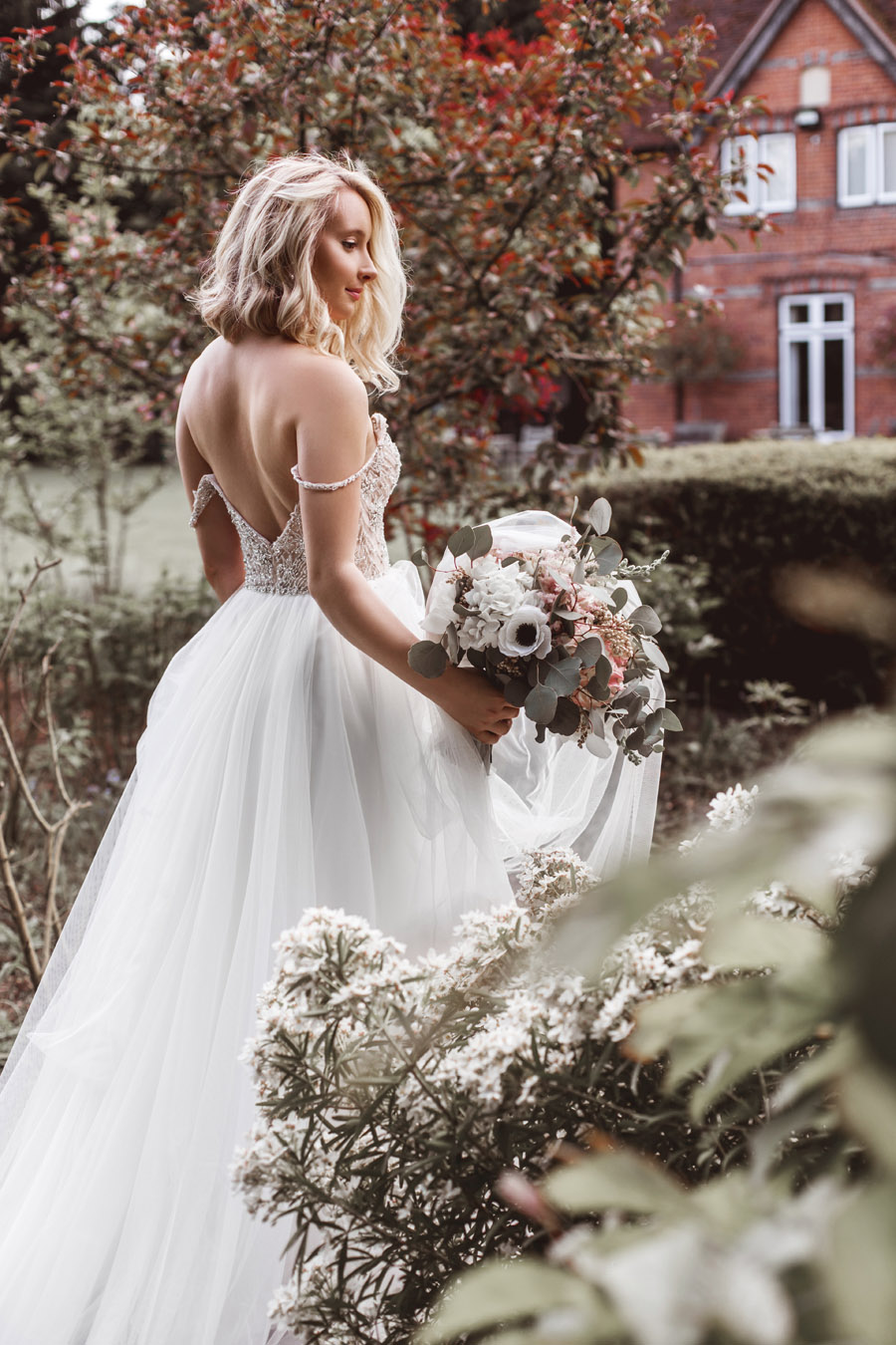 Ye Olde Bell Coaching Inn for a faded beauty wedding style edit with Masha Unwerth (18)