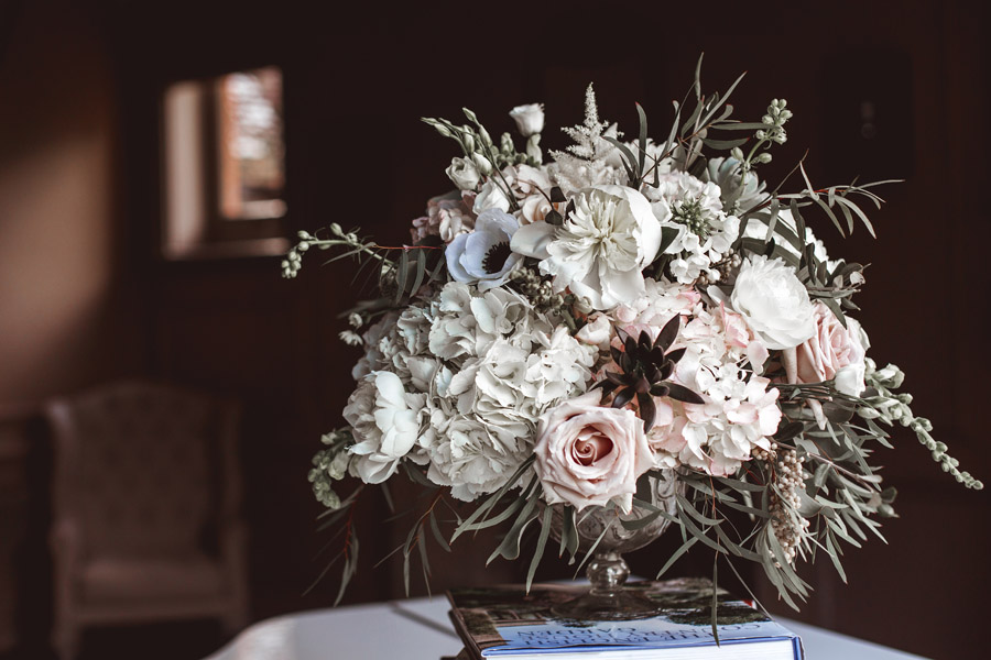 Ye Olde Bell Coaching Inn for a faded beauty wedding style edit with Masha Unwerth (21)
