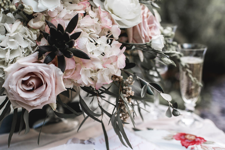 Ye Olde Bell Coaching Inn for a faded beauty wedding style edit with Masha Unwerth (22)