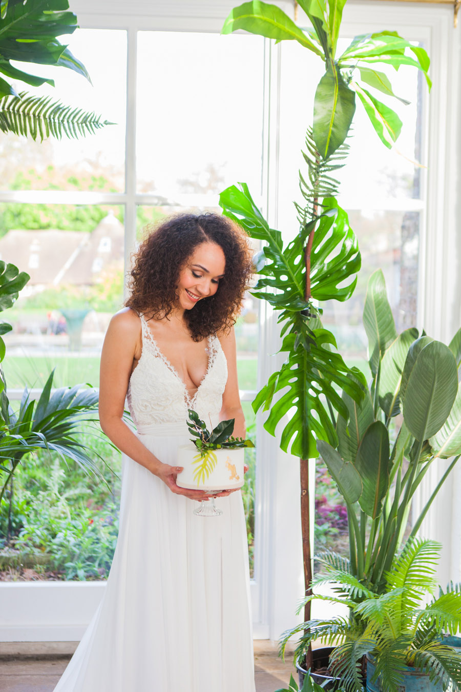 Houseplants and tropical wedding styling with www.amandakarenphotography.co.uk (33)