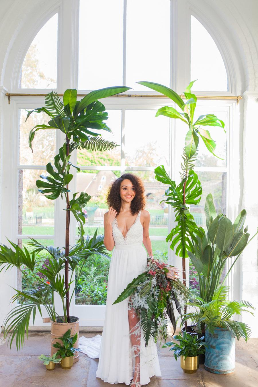 Houseplants and tropical wedding styling with www.amandakarenphotography.co.uk (36)