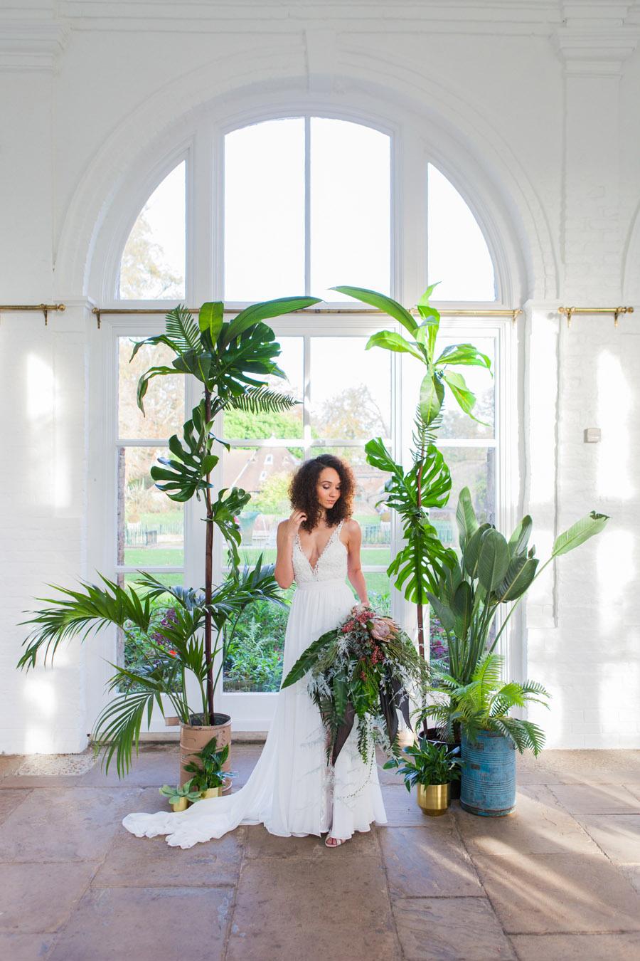 Houseplants and tropical wedding styling with www.amandakarenphotography.co.uk (37)