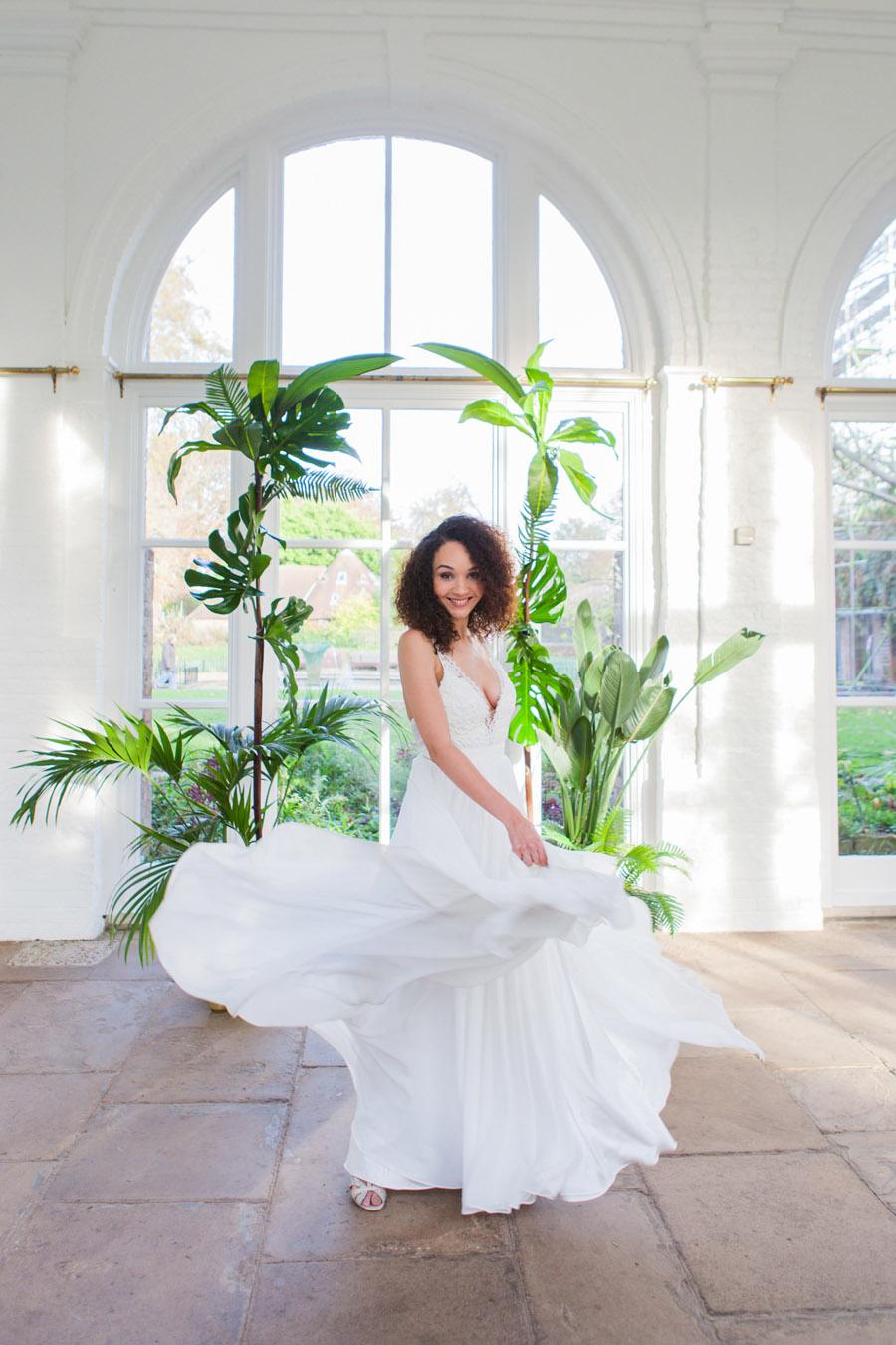 Houseplants and tropical wedding styling with www.amandakarenphotography.co.uk (39)