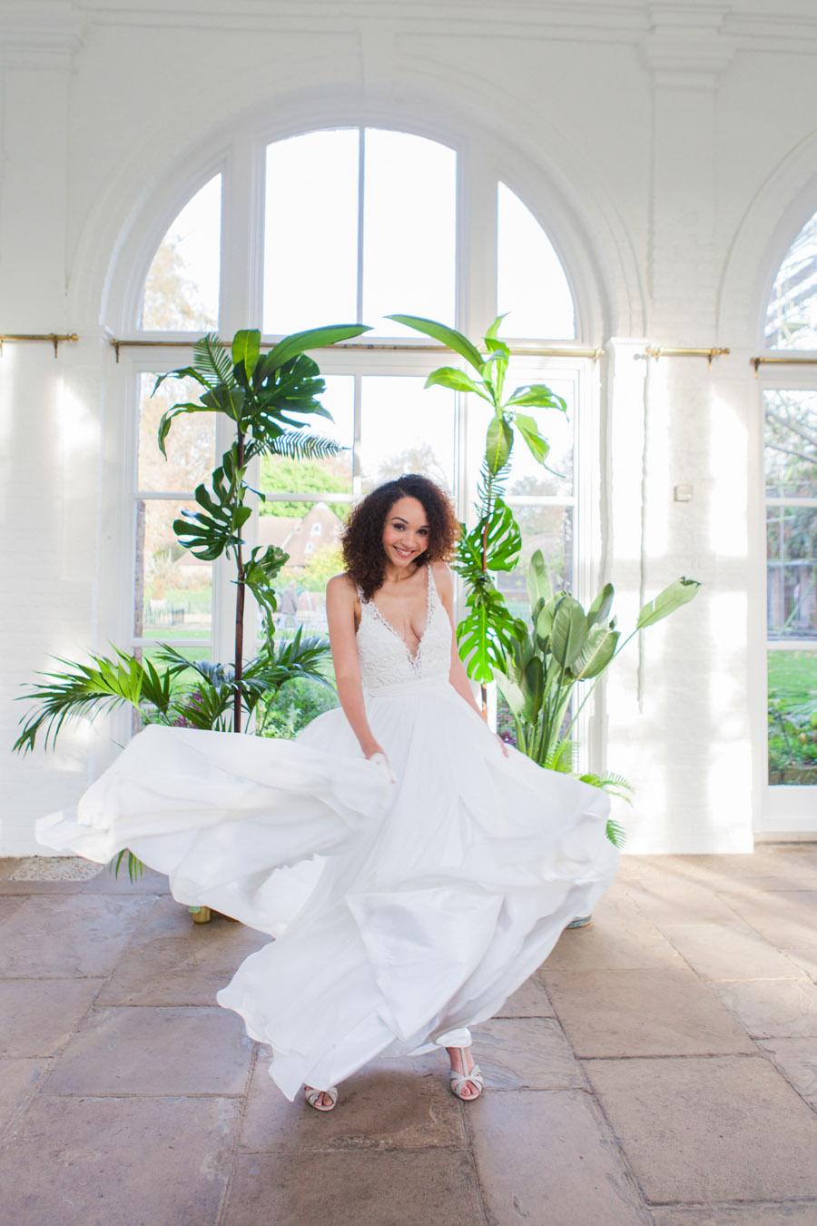 Houseplants and tropical wedding styling with www.amandakarenphotography.co.uk (40)