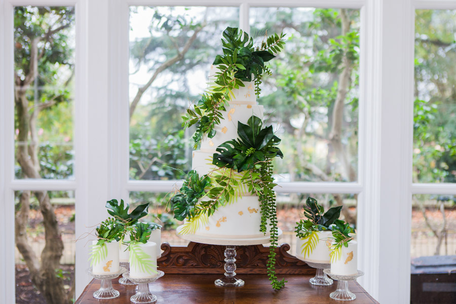 Houseplants and tropical wedding styling with www.amandakarenphotography.co.uk (9)