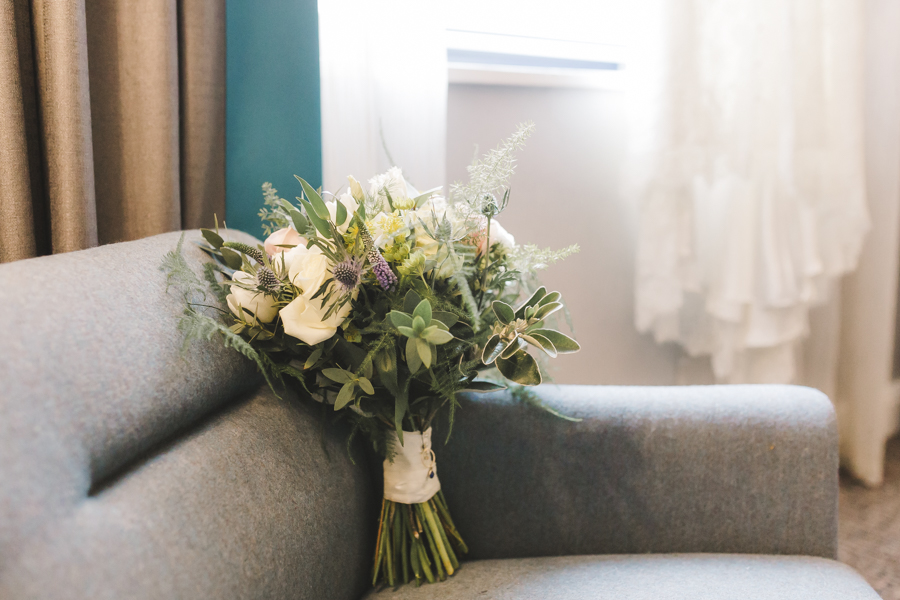 Relaxed and informal modern wedding in Leeds with Anna wood Photography (2)