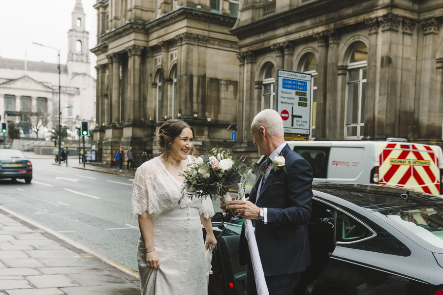 Relaxed and informal modern wedding in Leeds with Anna wood Photography (5)