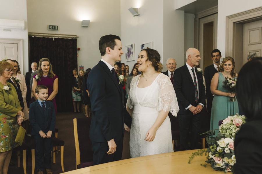 Relaxed and informal modern wedding in Leeds with Anna wood Photography (8)