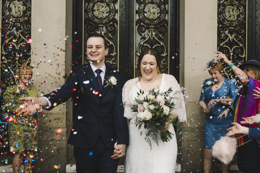 Relaxed and informal modern wedding in Leeds with Anna wood Photography (13)