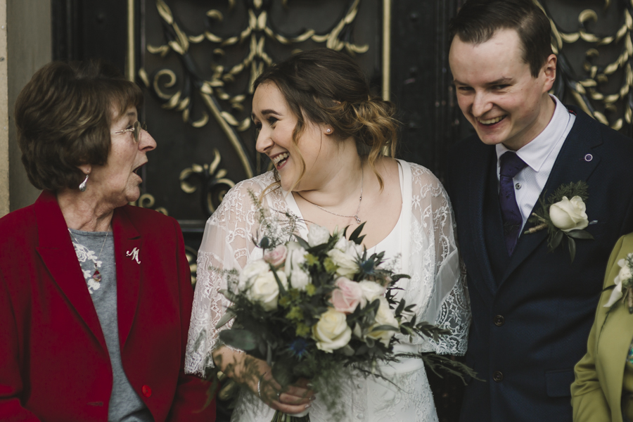 Relaxed and informal modern wedding in Leeds with Anna wood Photography (14)