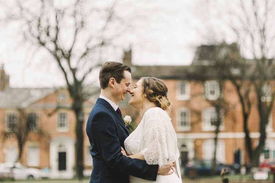 Relaxed and informal modern wedding in Leeds with Anna wood Photography (17)