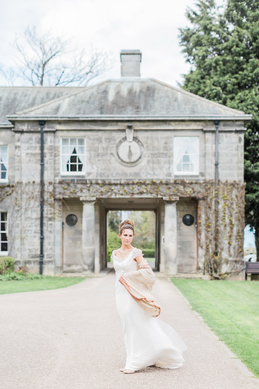 Jane Austen wedding style inspiration from Oxford Hall, with Katy Melling Photography (28)