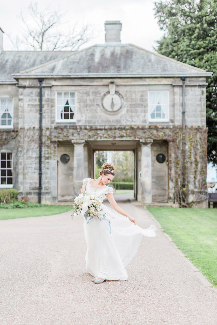 Jane Austen wedding style inspiration from Oxford Hall, with Katy Melling Photography (29)