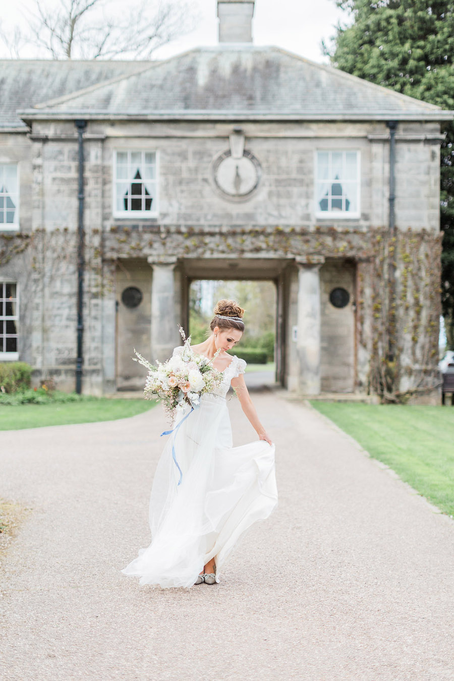Jane Austen wedding style inspiration from Oxford Hall, with Katy Melling Photography (31)