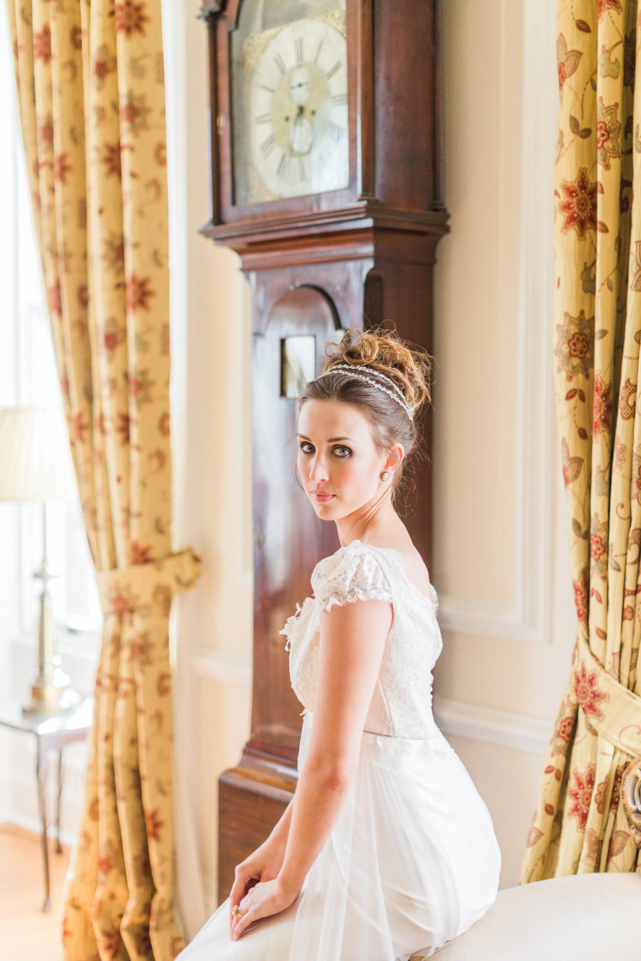Jane Austen wedding style inspiration from Oxford Hall, with Katy Melling Photography (33)