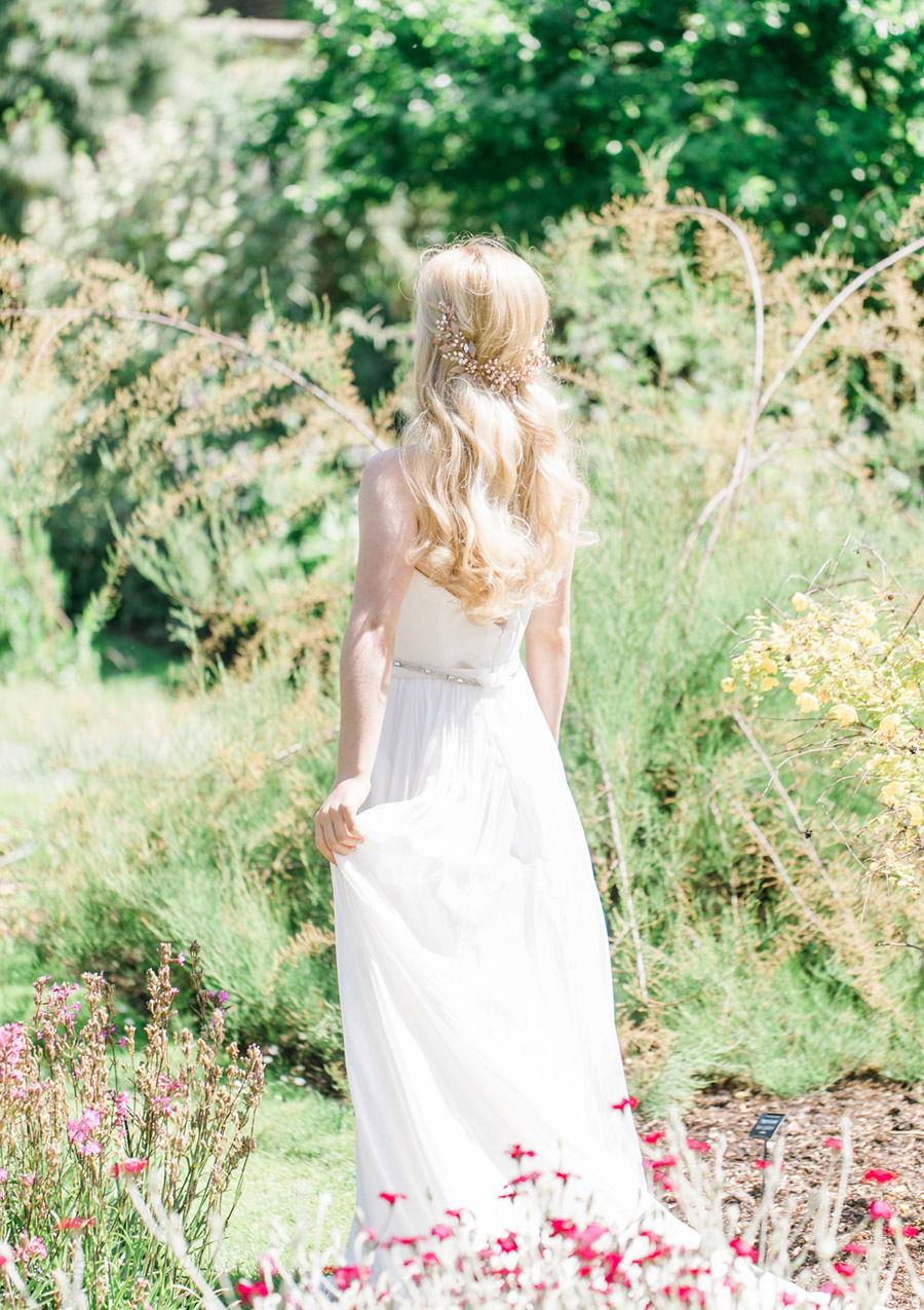 Romantic London wedding editorial with Ryann Lindsey Photography (20)