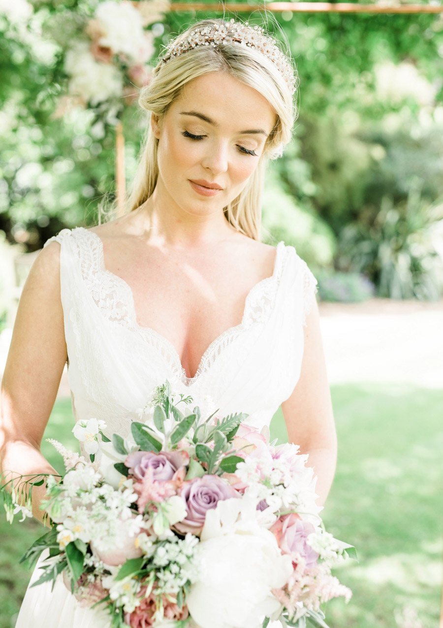 Romantic London wedding editorial with Ryann Lindsey Photography (30)