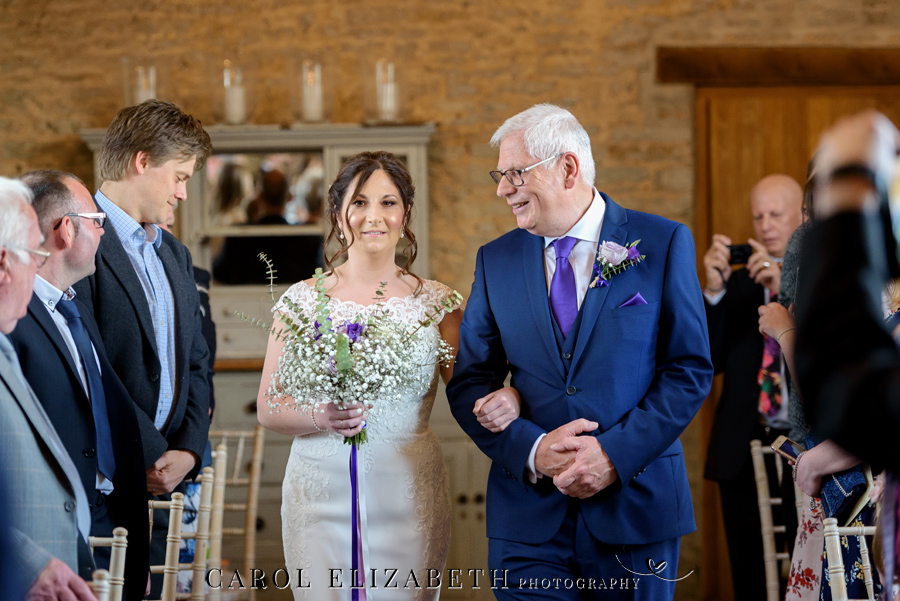 Purple styling and an elegant rustic theme for Fiona and Ashley's Stratton Court Barn Oxfordshire wedding. Images by Carol Elizabeth Photography on English-Wedding.com (14)
