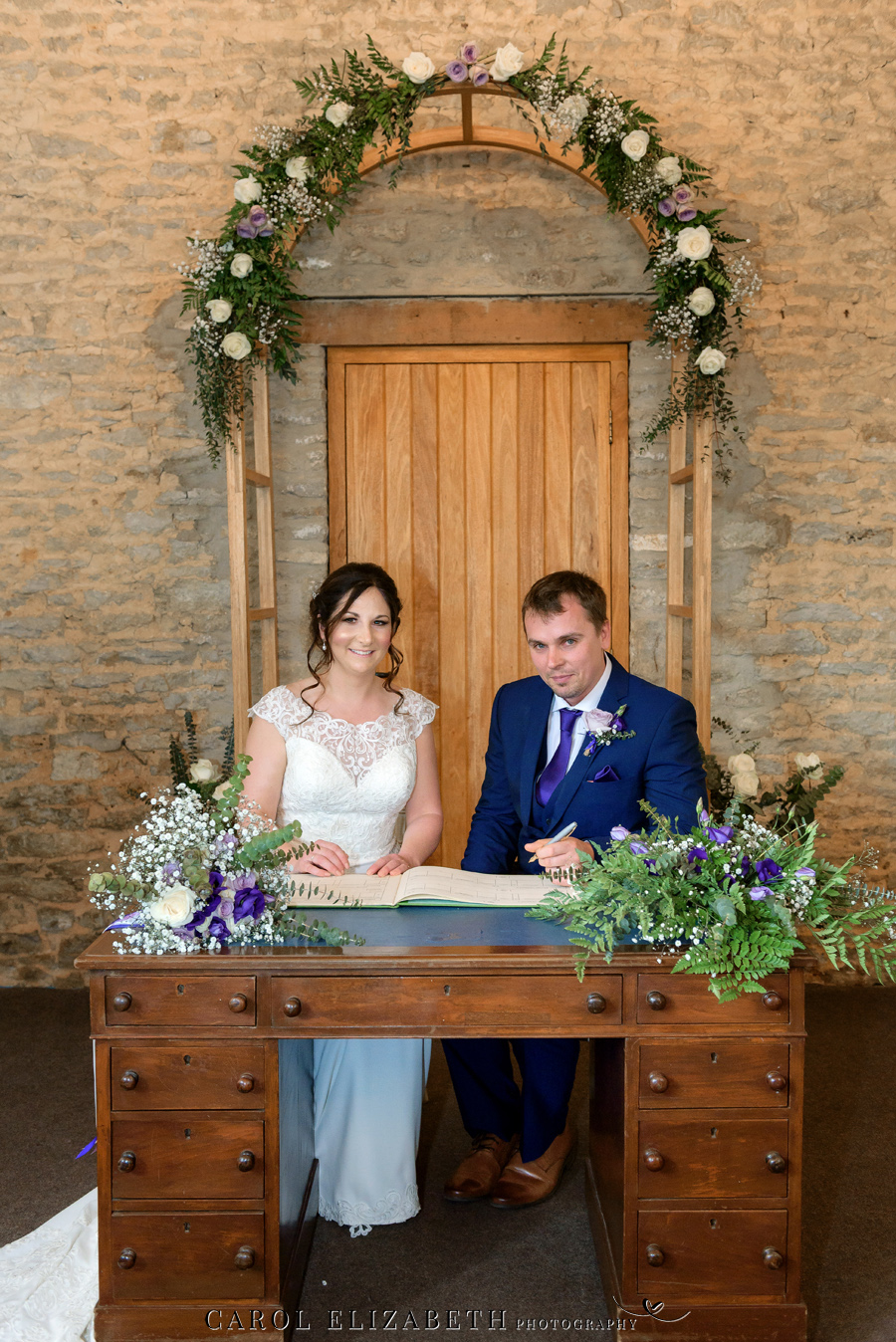 Purple styling and an elegant rustic theme for Fiona and Ashley's Stratton Court Barn Oxfordshire wedding. Images by Carol Elizabeth Photography on English-Wedding.com (15)