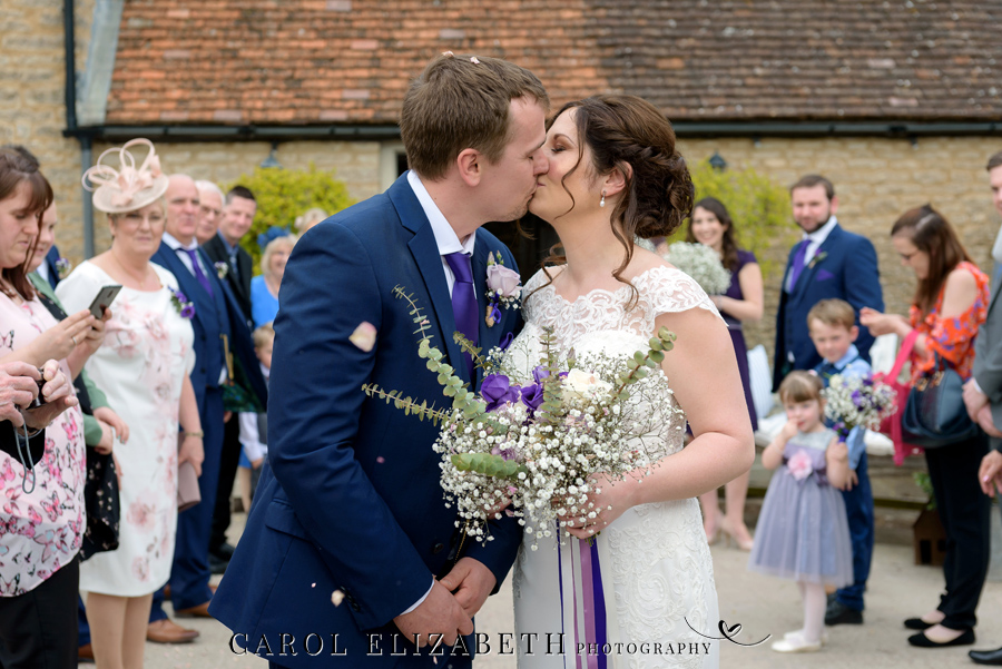 Purple styling and an elegant rustic theme for Fiona and Ashley's Stratton Court Barn Oxfordshire wedding. Images by Carol Elizabeth Photography on English-Wedding.com (17)
