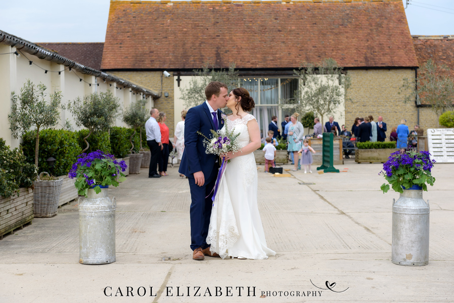Purple styling and an elegant rustic theme for Fiona and Ashley's Stratton Court Barn Oxfordshire wedding. Images by Carol Elizabeth Photography on English-Wedding.com (18)
