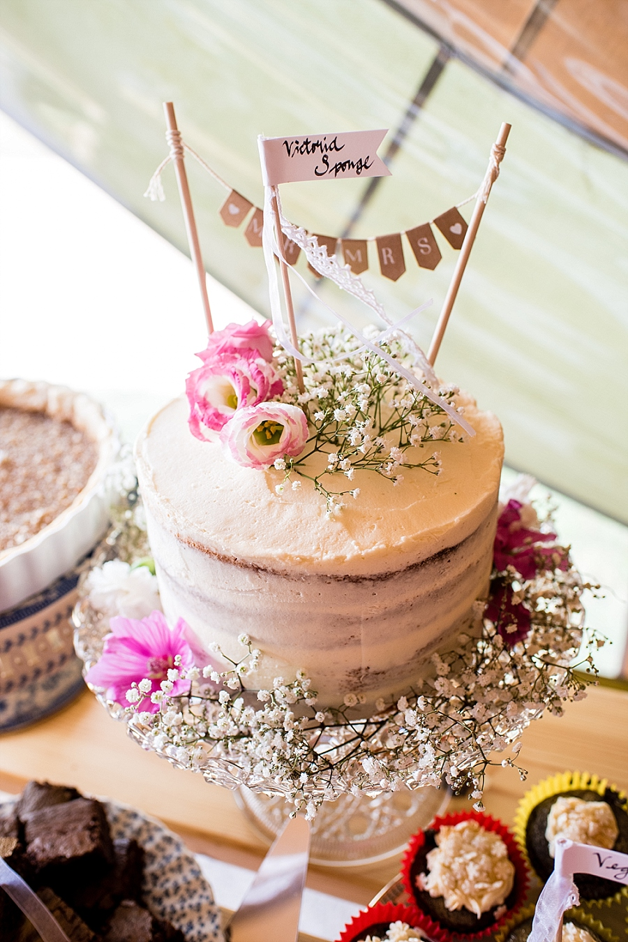 Tipi wedding styling ideas from the Hidden Hive, boho wedding on the English Wedding Blog (20)