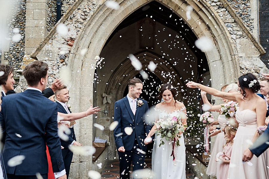 Creative and eclectic modern wedding styling on the English Wedding Blog. Images by Faye Amare Photography (14)
