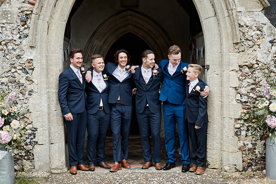 Creative and eclectic modern wedding styling on the English Wedding Blog. Images by Faye Amare Photography (15)