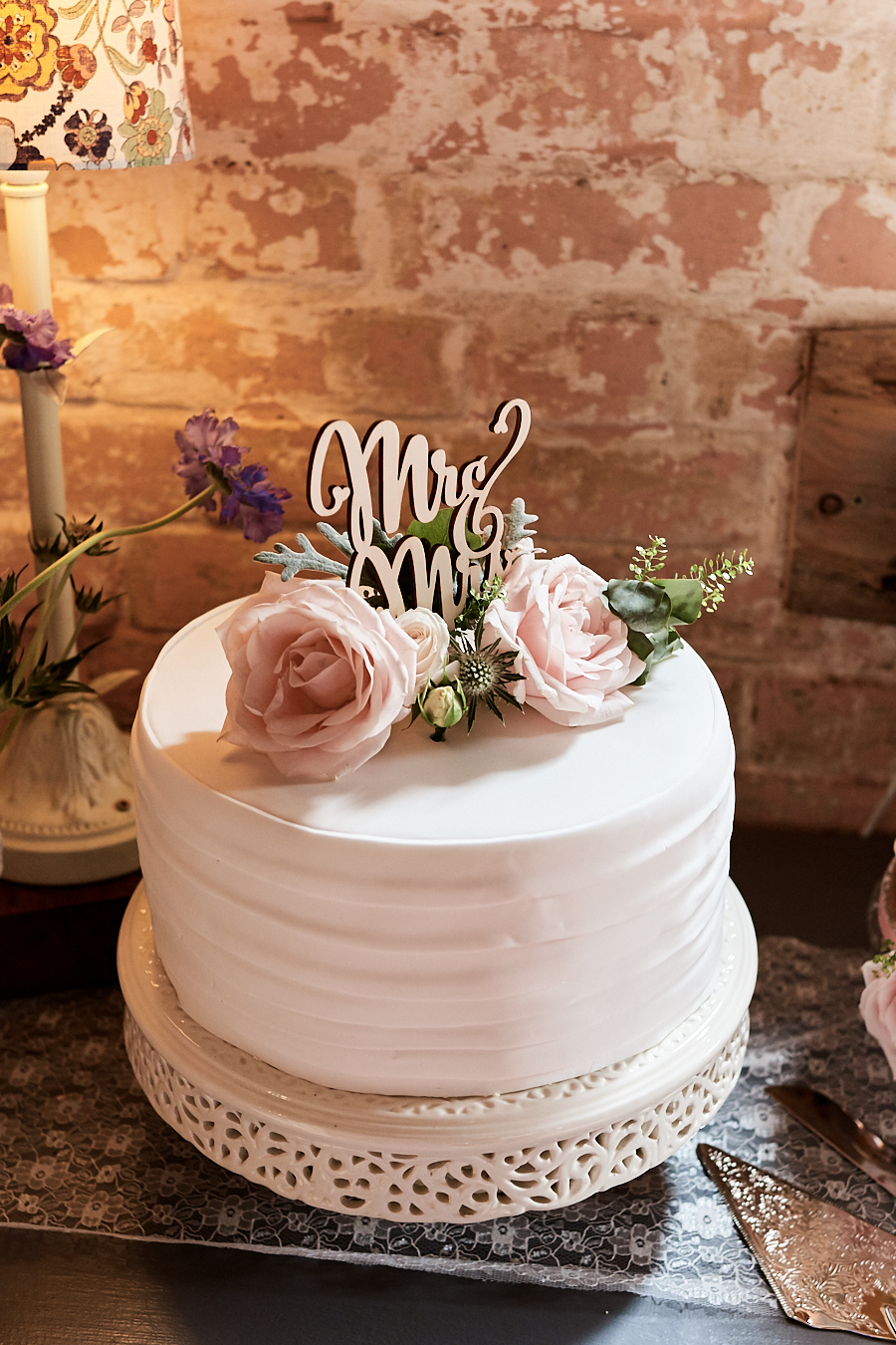 Creative and eclectic modern wedding styling on the English Wedding Blog. Images by Faye Amare Photography (28)