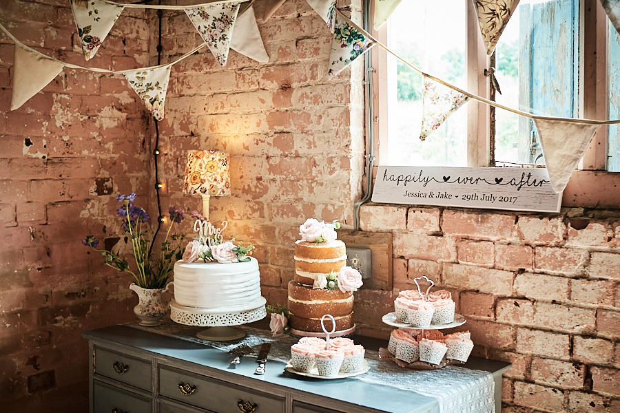 Creative and eclectic modern wedding styling on the English Wedding Blog. Images by Faye Amare Photography (29)