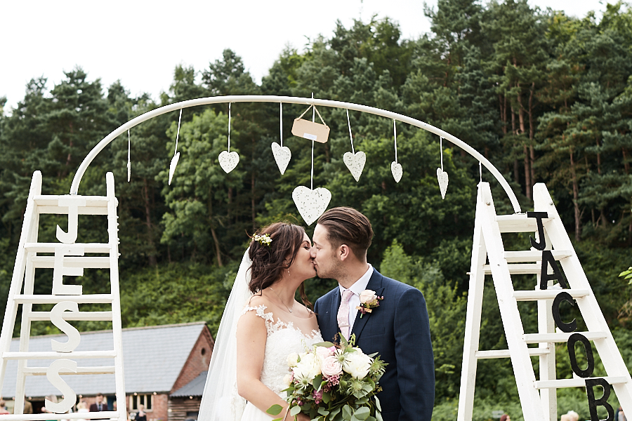 Creative and eclectic modern wedding styling on the English Wedding Blog. Images by Faye Amare Photography (32)