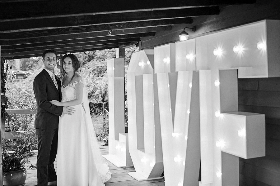 Creative and eclectic modern wedding styling on the English Wedding Blog. Images by Faye Amare Photography (35)