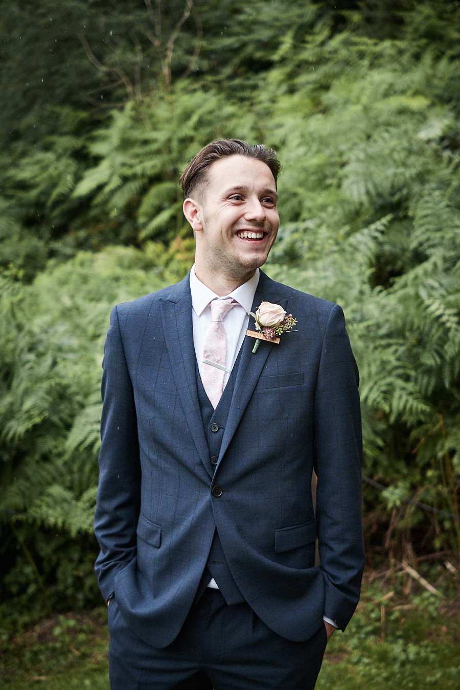 Creative and eclectic modern wedding styling on the English Wedding Blog. Images by Faye Amare Photography (38)