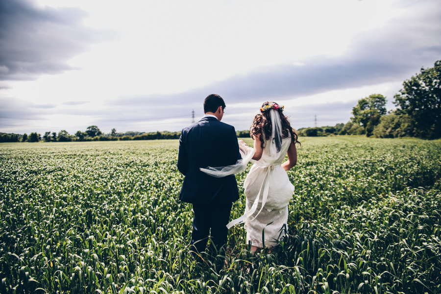 Relaxed hippie boho vibe wedding at Shustoke Farm Barns with Winnington & Coe Photography (34)
