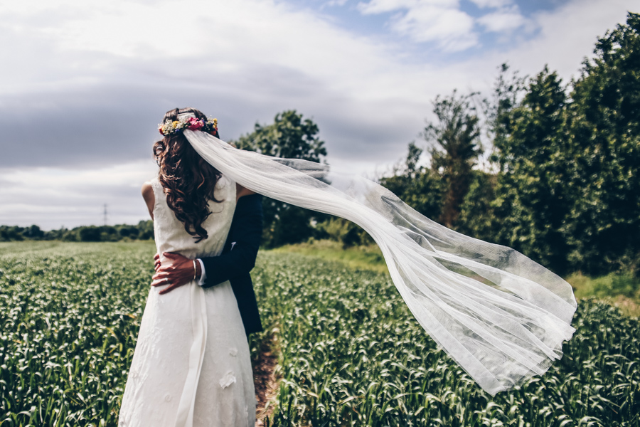 Relaxed hippie boho vibe wedding at Shustoke Farm Barns with Winnington & Coe Photography (37)
