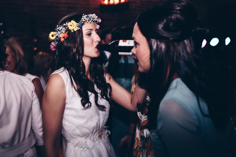 Relaxed hippie boho vibe wedding at Shustoke Farm Barns with Winnington & Coe Photography (41)