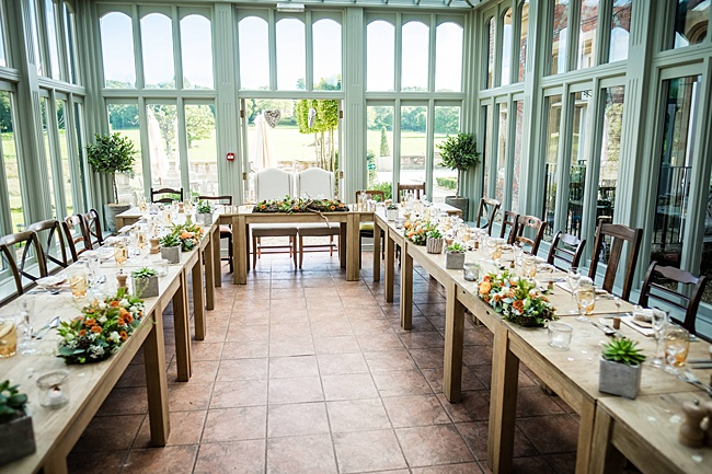 Mad Hatter's tea party September wedding in Hampshire - image credit Linus Moran Photography (25)
